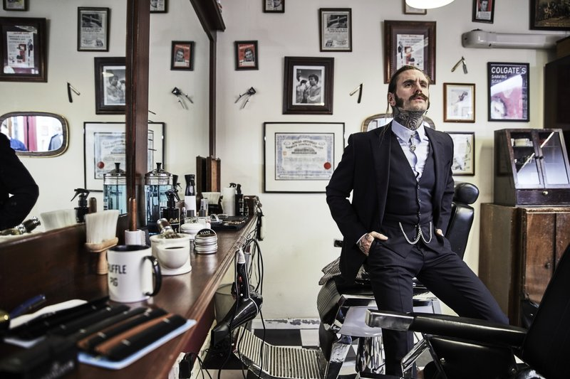 ricki hall lukes barbershop